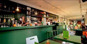 Teejay - Geluidsstudio Amsterdam - cafe boven de studio